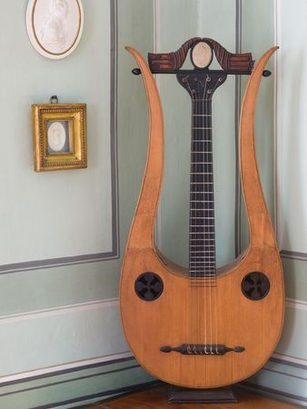 Anna Amalia's lyre guitar in the Music Room