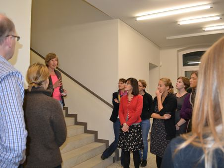 Participants of the Klassik Kolleg 2012 during a tour in the Goethe and Schiller Archive Weimar